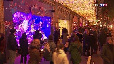 Inauguration des vitrines de Noël dans les grands magasins à Paris