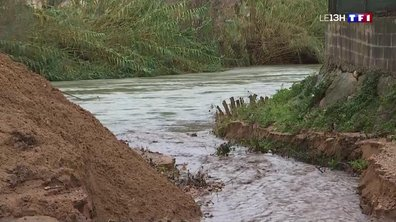 Inondations dans les Alpes-Maritimes : la commune de Pégomas couverte de boue