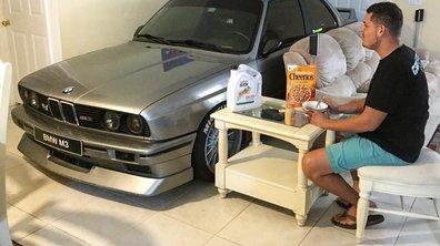Insolite : il gare sa BMW M3 dans son salon