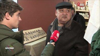 """Interdit aux gays"" :  Martin Weill se rend dans une boulangerie homophobe de Moscou"