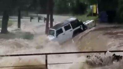 Insolite : Un Wrangler pris dans une inondation