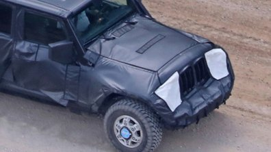 Scoop : un prototype de Jeep Wrangler Pick-up 2018 surpris en cours d'essais