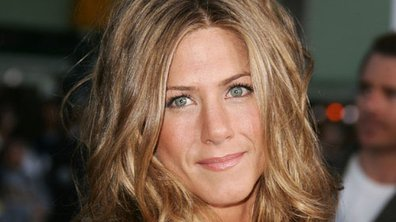 Jennifer Aniston, invitée au mariage des Brangelina ?