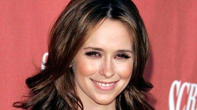 Maquillage : Je veux les pommettes à croquer de Jennifer Love Hewitt