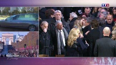 Hommage à Johnny : Sylvie Vartan et Nathalie Baye tombent dans les bras l'une de l'autre
