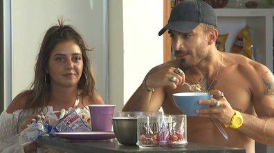 Julie propose un date à Antoine dans l'épisode 23 de La Villa des Cœurs Brisés