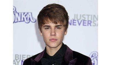 Justin Bieber s'envoie en l'air dans la publicité pour son parfum