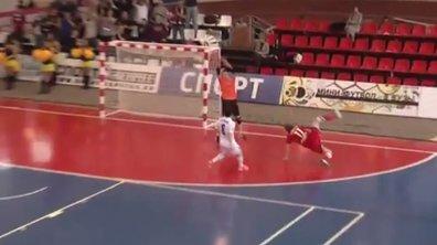 VIDEO Futsal : Un but de malade en Russie