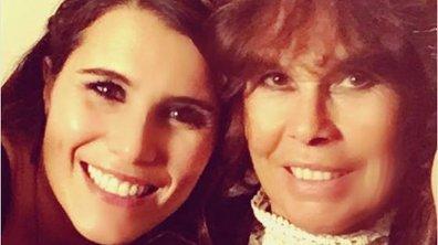 Karine Ferri pose avec sa mère et lui rend hommage