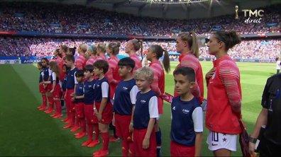 USA - Chili : Voir l'hymne américain en vidéo