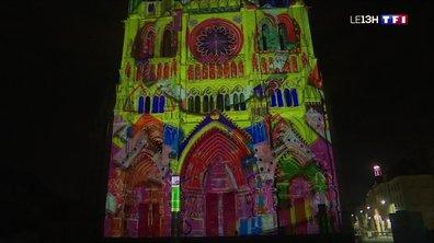 La cathédrale d'Amiens fête ses 800 ans en musique et en couleurs, et avec Macron