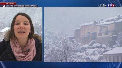 La neige continue de tomber dans la commune d'Olette