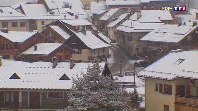 La neige se remet à tomber en Savoie