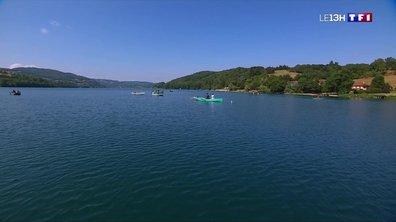 Lac de Paladru : les vacanciers profitent de la fraîcheur et de la tranquillité