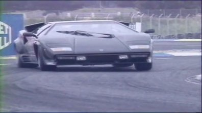 Archives Automoto: L'essai de la Lamborghini Countach