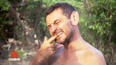Le lavage des dents à la cendre… le rituel incontournable !