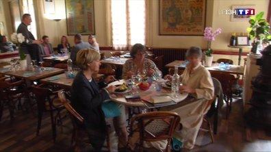 Les bars de Provence (3/4) : le Café de la Paix, lieu de convivialité incontournable à Valréas