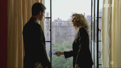 Les experts : Manhattan - S04 E03 - Bons baisers de New York