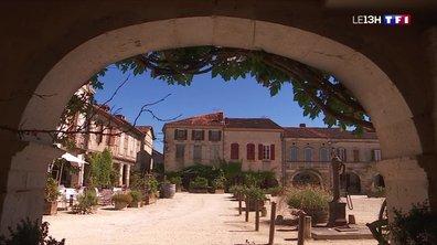 Les plus belles places du pays : la Place Royale de Labastide-d'Armagnac