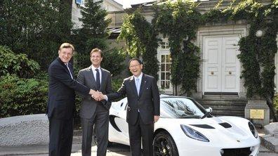 Mondial de l'Auto 2010: Lotus et Toyota main dans la main