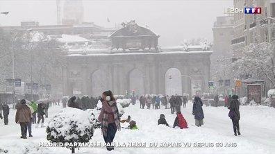 Madrid paralysée par la neige : du jamais vu depuis 50 ans