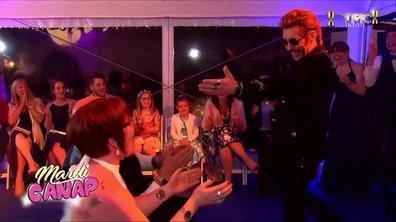 Mardi Canap : Johnny Hallyday bien trop chaud dans 4 mariages