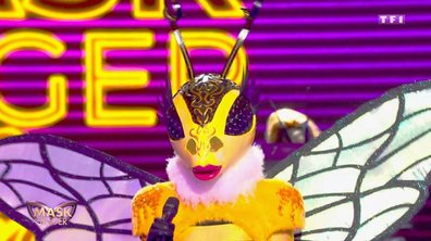Mask Singer - Abeille chante « I'm so excited » de The Pointer Sisters