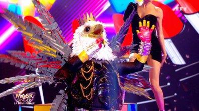 Mask Singer - Aigle chante « Être une femme » de Michel Sardou