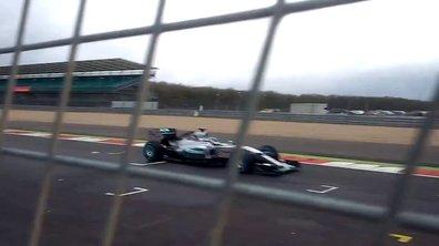 F1 2015 : La Mercedes W06 Hybrid en action !