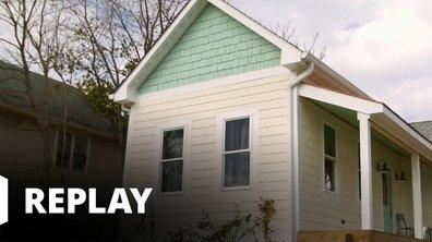 Total rénovation : Mère & fille - Petite maison blanche sur la colline