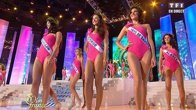 Élection Miss France 2011 : le fameux défilé en maillots de bain !