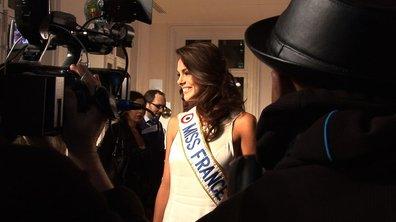 """Miss France 2013 découvre """" Les sapins de Noël des créateurs """""""