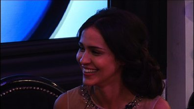 Nawel exhorte Leila à se lâcher avec Aymeric