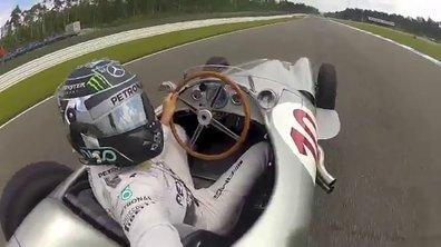 Insolite : Nico Rosberg cède à la mode du selfie… en pilotant