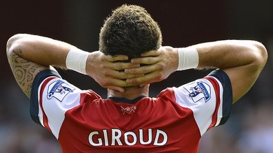 Arsenal : Dimitar Berbatov bientôt concurrent d'Olivier Giroud ?