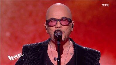 """Pascal Obispo : """"Chante la rue chante"""" en live sur la scène de """"The Voice"""""""