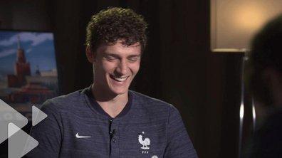 Equipe de France : le FOU RIRE de Benjamin Pavard avec Frédéric Calenge !