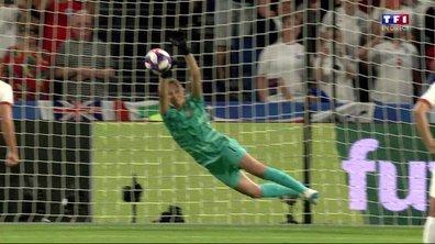 Norvège - Angleterre (0 - 3) : Voir le penalty détourné par Hjelmseth en vidéo