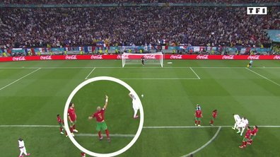 VIDEO - Quand Pepe indique à son gardien où va tirer Benzema