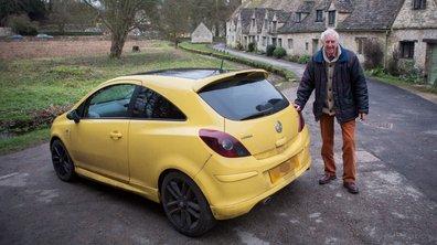 Insolite : Une Opel Corsa jaune sème la zizanie dans un village anglais !