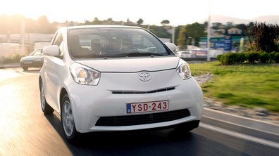 Toyota IQ: Petite et maligne