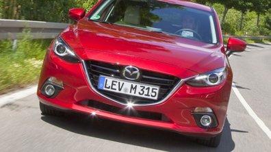 Insolite : un couple reste enfermé 13 heures dans une Mazda 3