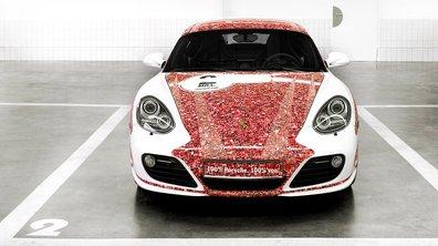 Insolite : Porsche customise une Cayman S pour ses fans Facebook