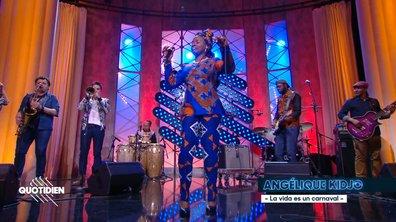 """Angélique Kidjo: """"La vida es un carnaval"""" en live pour Quotidien (exclu web)"""