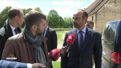 """Macron """"président des riches"""" ? Edouard Philippe répond à François Hollande"""