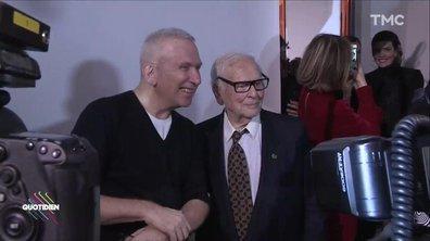 Fashion Week : Jean-Paul Gaultier félicité par Pierre Cardin