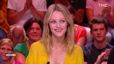 """Invitée : Vanessa Paradis pour """"Un couteau dans le cœur"""""""