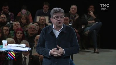 Jean-Luc Mélenchon fait bande à part et ça plait à ses militants.