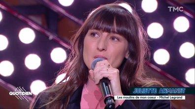 """Juliette Armanet rend hommage à Michel Legrand : """"Les Moulins de mon cœur"""" en live pour Quotidien"""