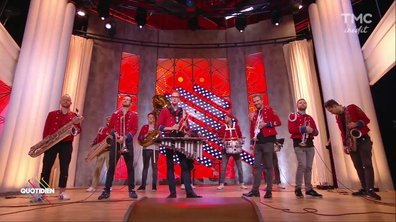 "Meute :"" The man with the red face"" en live sur Quotidien"